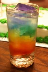 ledové barevné osvěžení koktejl